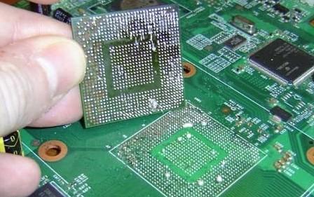 electronica kan kromtrekken door lang te heet te werken